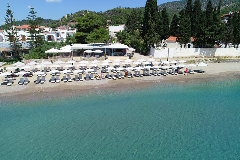 Captain's Beach Bar Poros